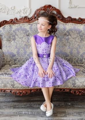 Платье короткое спереди и длинное сзади